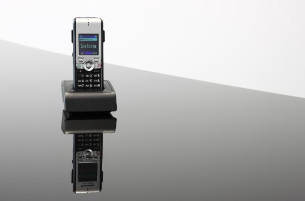 DECT-Telefone weisen kritische Werte auf, wenn es um das Thema Elektrosmog geht