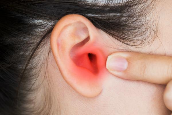 Spezialisten sind sich uneinig darüber, ob Handystrahlung zum Tinnitus führen kann