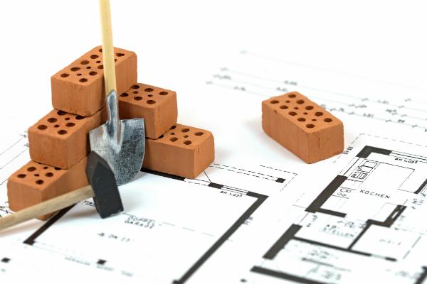 Welche Baustoffe schirmen Elektrosmog gut ab?